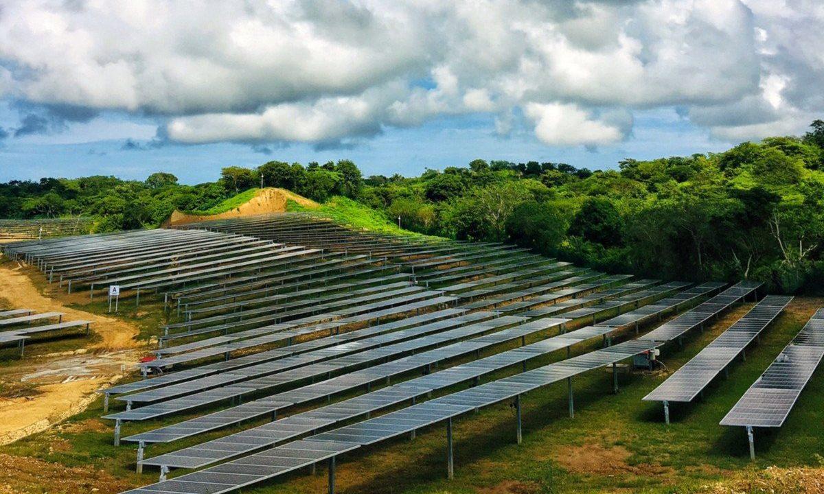 Parque solar Colombia- PROMOENERCOL