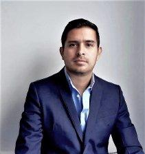 Javier Eduardo López-Director Financiero